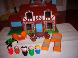 FISHER PRICE VINTAGE DOLL HOUSE WITH ACCESSORIES