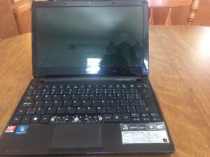 Acer aspire one,Mini laptop ,80 obo