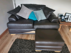 Chocolate brown leather 3 piece suite.