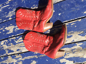 Dingo brand cowgirl boots