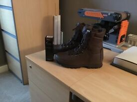altbergs boots new size 9