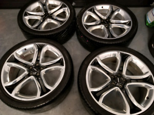 285/35/22 ford edge 2013 22 inch mags and tires