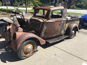 1936 Willys pickup w/ 1933 front clip