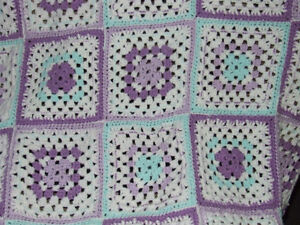 Beautiful Hand Crocheted Baby Afghan #5 - $25.00 Belleville Belleville Area image 4