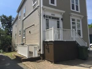 Live on DAL Campus! 5 Bedroom House - Starting May 1 2018