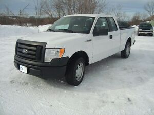 2010 FORD F-150 XLS EXT CAB 2WD WHITE IN COLOR $6995 PLUS HST