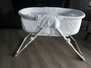Bassinet Delta Children in like new condition $26