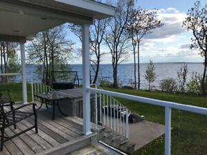 LOOKING FOR OFFERS SPACIOUS WATERFRONT COTTAGE LIKE PARK MODEL