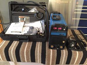 New Miller Maxstar 200 DX Welder with contractor kit Regina Regina Area image 2