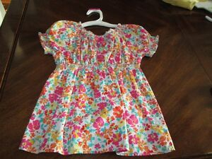 Childrens place top (4T)