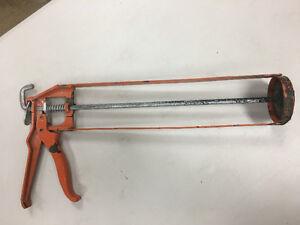 Large-tube Caulking Gun