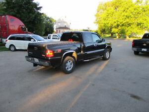 2004 GMC 4X4