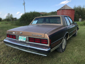 1990 Chev Caprice Classic 4 door car