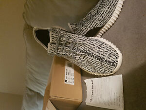 REAL IN BOX YEEZY BOOST 350