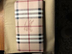 Brand New Ladies Burberry Wallet