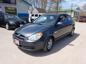 2010 Hyundai accent 2dr auto WELL KEPT!!  certified etested