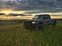 Custom 2003 Toyota Tacoma -Low KMs- •REDUCED•