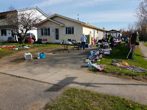 Sat 27th yard sale 491 Lanark crescent