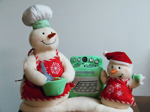 Cooking Christmas decoration musical by hallmark