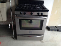 FRIGIDAIRE GALLERY GAS STOVE AVAILABLE