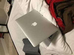 "MacBook Pro 13"" EARLY 2015 (Negotiable Price) URGENT NOW BUY NOW"