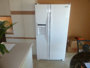 S x S fridge with water cooler
