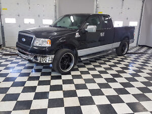 2006 Ford F-150 XLT 4X4  Pickup Truck.  Aftermarket Rims/Tires
