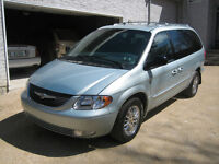 2001 Chrysler Town & Country Limited Minivan, Van
