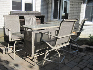 Patio Bar 5 piece set *Moving*