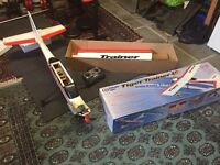 Thunder Tiger Trainer 40 complete with servos + controller.