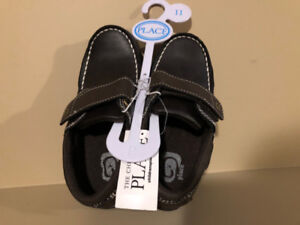 Children's Place Boy's Brown Velcro Shoes - Size 11 - Brand new!