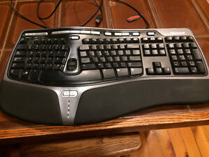 Microsoft Natural Ergonomic Keyboard 4000 Kawartha Lakes Peterborough Area image 1