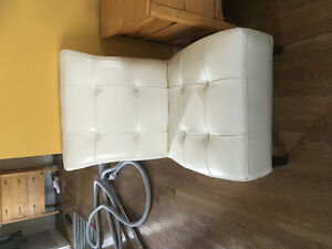 Chaise / 2 chairs for sale
