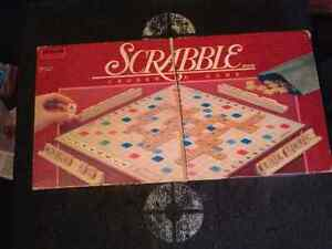 Scrabble with all the wood  pieces from 1989