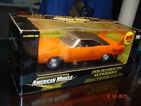 Plymouth Superbird 1970 diecast 1#18 die cast discontinué