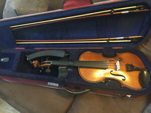 Student 4/4 Violin - Great Christmas Present!