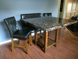 Dining tables counter height buy or sell dining table for Dining room tables kijiji edmonton