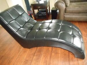 Black Chaise Lounger