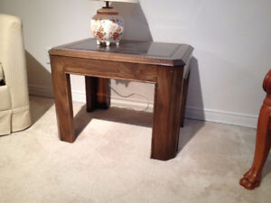 Table de Salon / Table de Coin *** End Table /Living Room Table