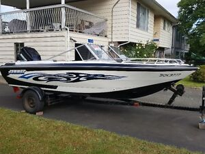 19' Bowrider with a 135 HP Merc Outboard and Trailer