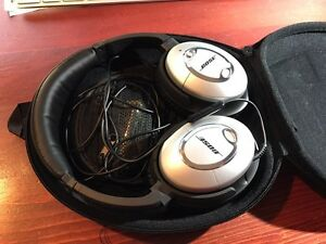 Bose QuietComfort 15 headphones  West Island Greater Montréal image 2