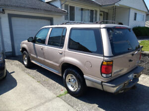 1996 Ford Explorer, low kms, great shape