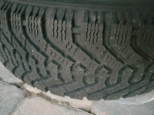 Winter tires with rims Goodyear Nordic 200$