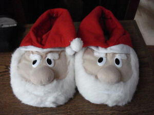 Christmas Santa Slippers-Men's size 9