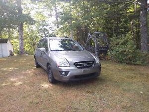 2009 Rondo 7-Seater V6 $2500/trade for wheeler