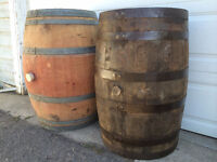 LOOK >> 300 x Oak Bourbon Barrels & 92 x Oak Wine Barrels