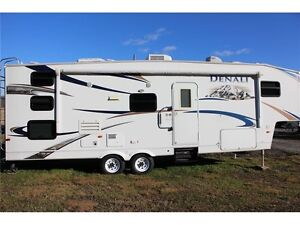 2010 Dutchmen Denali 28 LB 5th Wheel