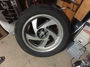 TAKE OFF - Honda Gold Wing GL1800 rear wheel and tire