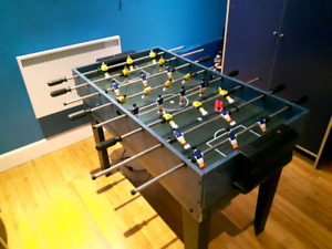 ** Table 3-1 babyfoot soccer & air hockey