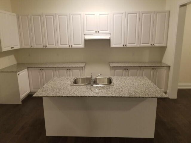 New Kitchen Cabinets And Counter Cabinets Countertops Mississauga Peel Region Kijiji
